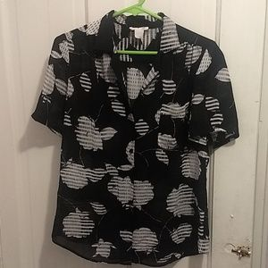Tops - Vintage Abstract B&W Rose Top
